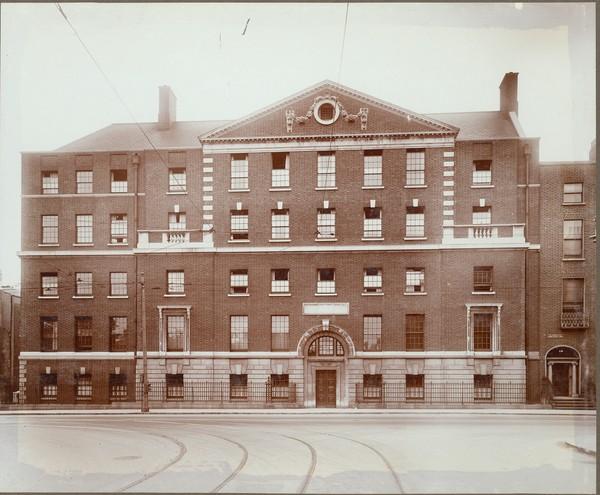 Nurses' home, National Maternity Hospital - UCD Digital Library